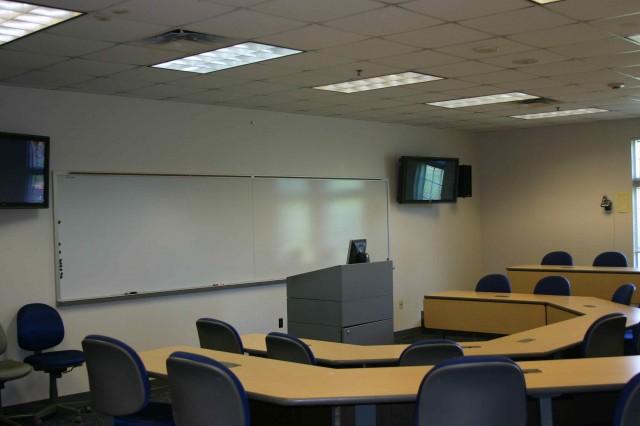 University Of Maine At Machias >> Seminar Rooms - Hutchinson Center - University of Maine