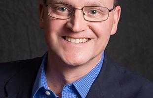 Headshot of Tom Dowd public speaking instructor