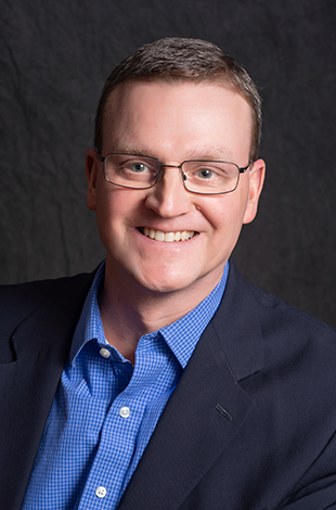 Headshot of Tom Dowd public speaking instructor